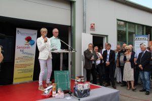 Karin Schulz moderiert die Eröffnungsrede
